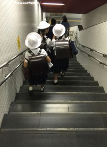 tokyo_train_girls